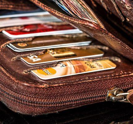 czym się różni portfel damski od męskiego?